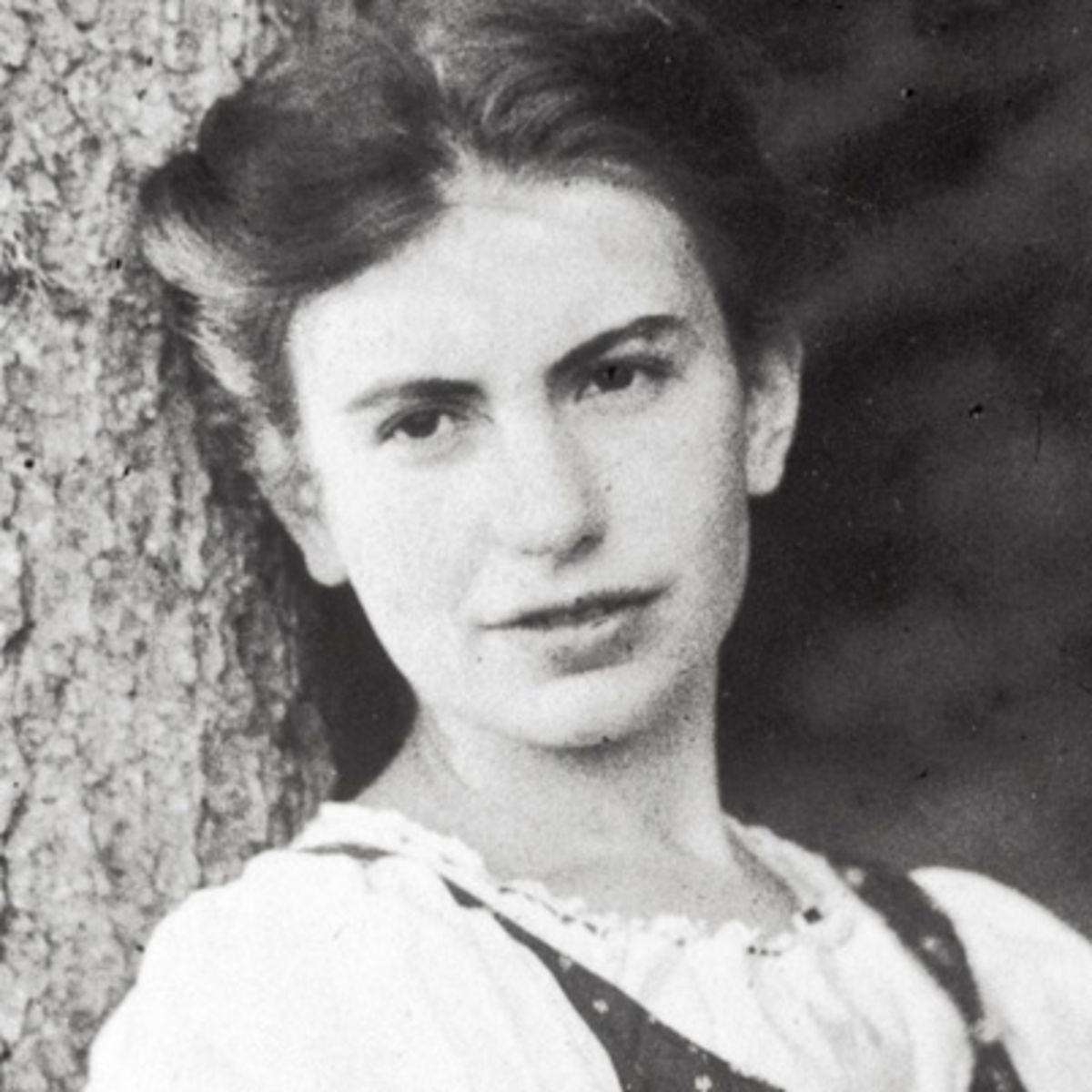 anna o Bertha pappenheim, always presented under the name of anna o as the original patient of psychoanalysis, was actually never treated by freud himself but by his.