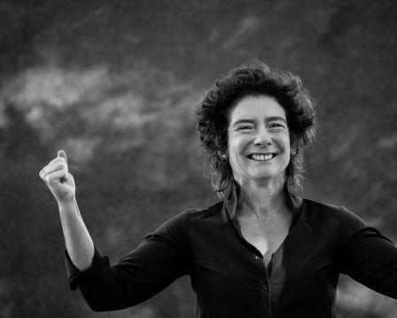 apocalypse - Jeanette Winterson - Pourquoi être heureux quand on peut être normal ? AVT Jeanette Winterson 2671