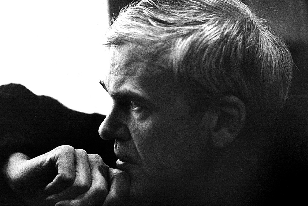 milan kunderas the unbearable lightness of being essay This particular article focuses mainly on kundera's essays, essentially because   in the unbearable lightness of being, the narrator proclaims: in the realm of .