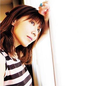 http://www.babelio.com/users/AVT_Natsuki-Takaya_3788.jpeg